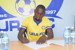 Ssenyonga Mikidadi signs for URA FC.