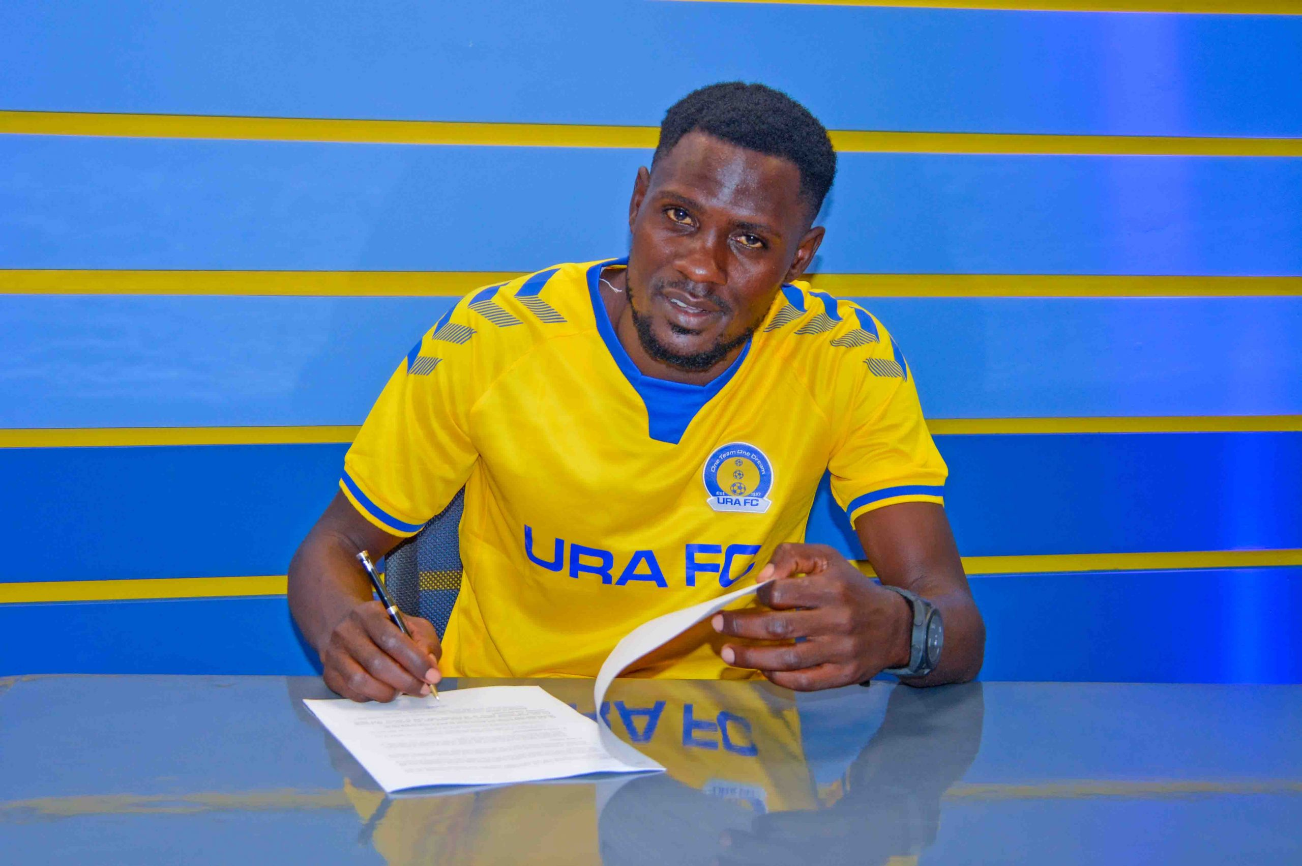 Mbowa extends his stay at URA FC